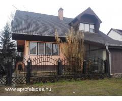 Tetőteres családi ház eladó !